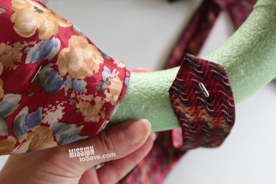 neckties wreath tutorial (3)