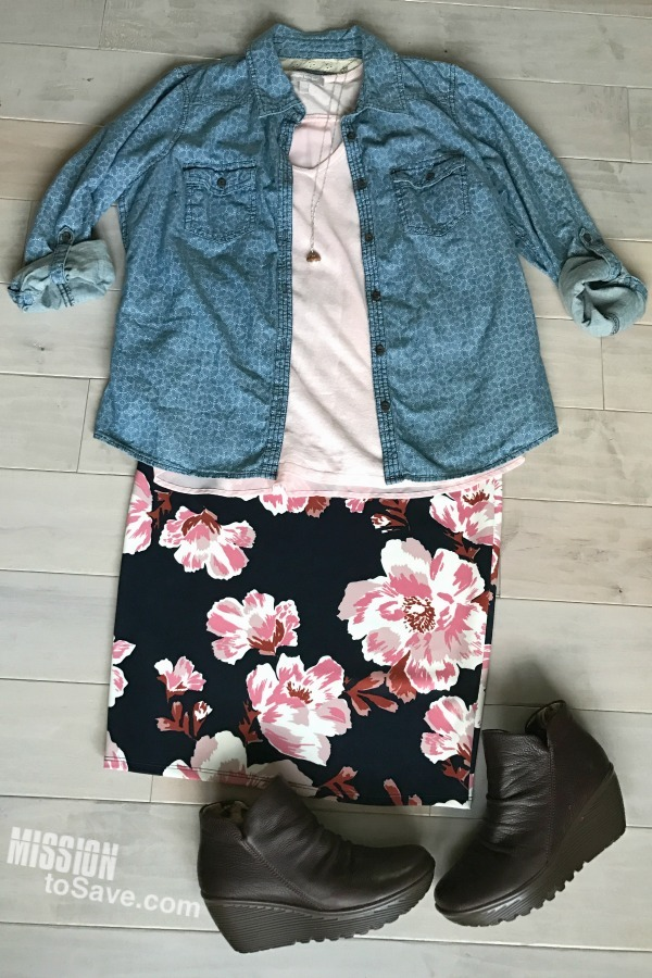 Floral skirts are a hot new fashion trend. See how to style a floral skirt for all 4 seasons! This is the fall outfit. The denim shirt complements the navy skirt and is a great layering piece for crisp fall weather